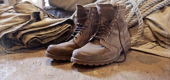 Truyện cổ tích đôi giầy hạnh phúc
