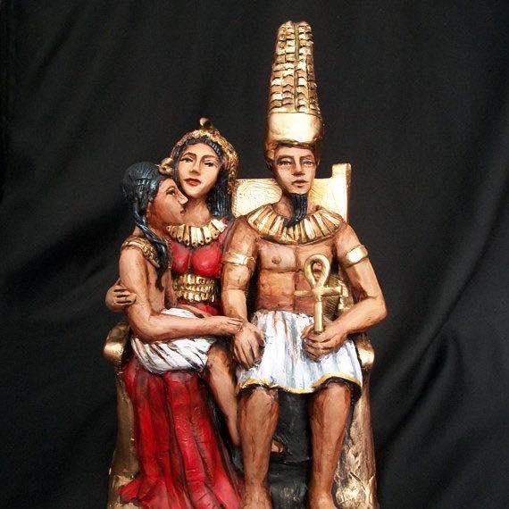 Bộ ba vị thần của Thebes