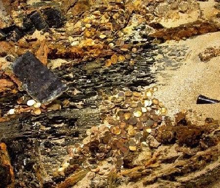 Biển tiền vàng