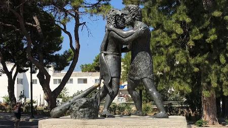 Cuộc do tài giữa Antagoras và Heracles